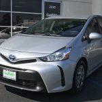 [新着車両紹介] 2015 Toyota Prius v Two